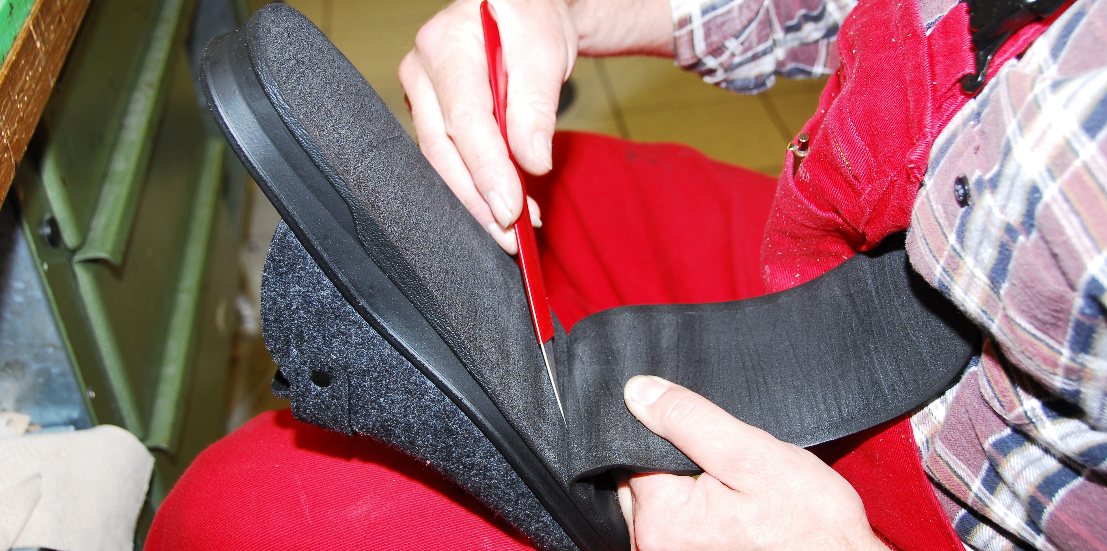 Schuhzurichtung, Schuherhöhungen, Abrollhilfen, Schmetterlingsrollen, Außenranderhöhungen