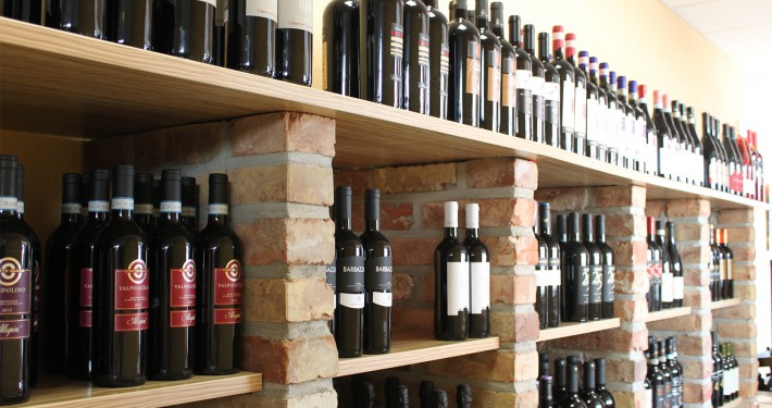 Weine und Prosecco/Cava aus Italien und Spanien und viele andere Lebensmittel aus dem Süden. So fühlt man sich wie im Urlaub!