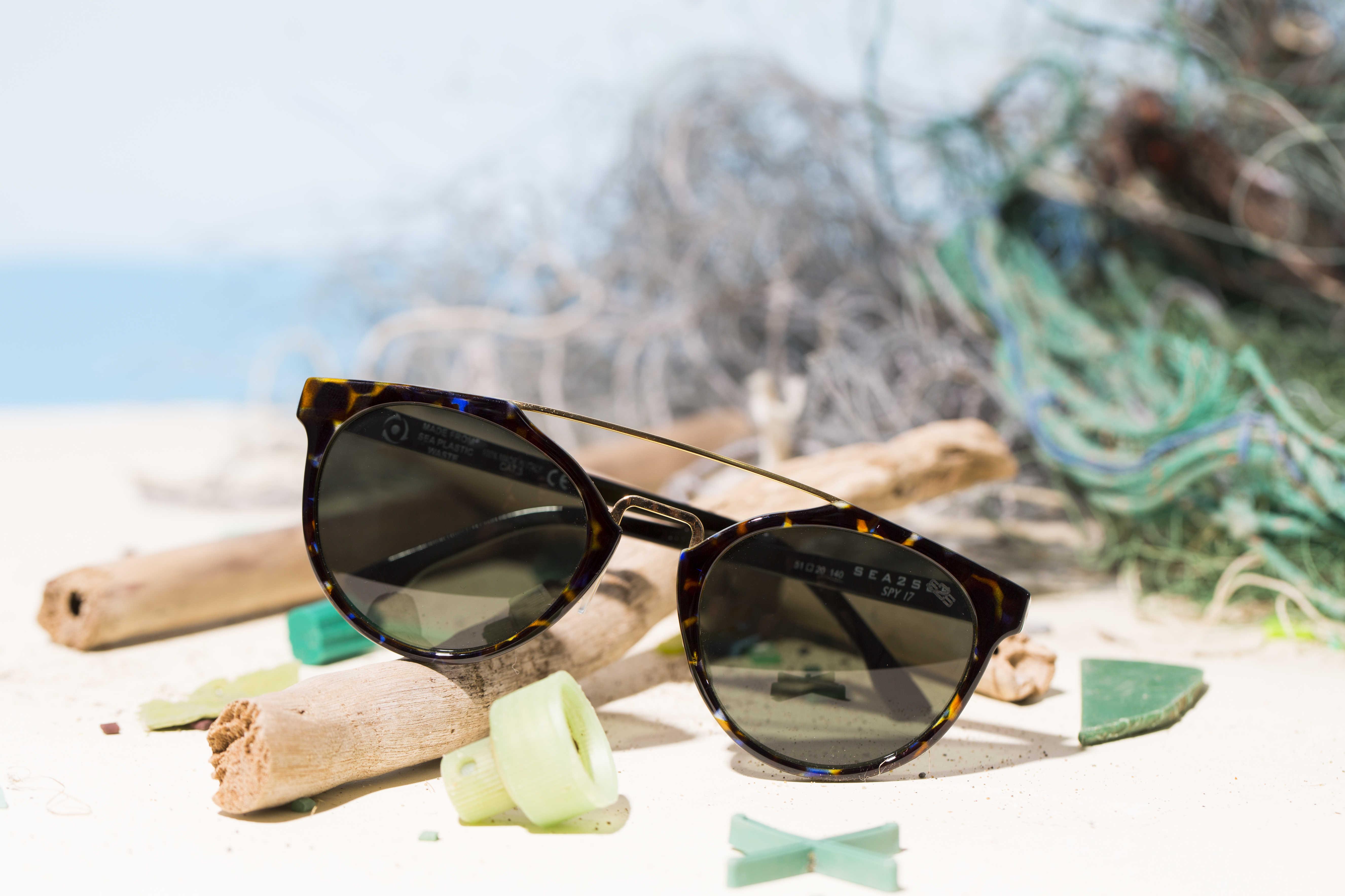 Optik Brille Sonnenbrille Kontaktlinse Sehtest